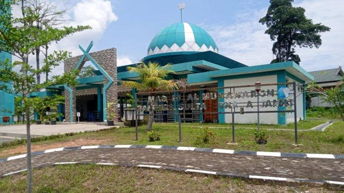 Semaraknya Ramadhan di Masjid Al-Munawaroh Meski Lokasinya di Kawasan Bandara Sultan Thaha Jambi