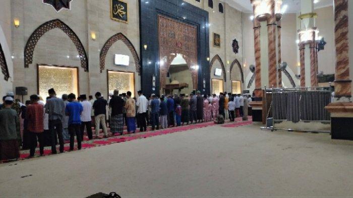 Banyak Jamaah Salat Tarawih di Masjid Al Sulthon Sarolangun Tak Bermasker, Ini Kata Wakil Bupati