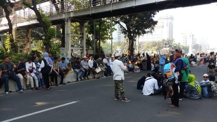 Jakarta Hari Ini, Massa sudah Berkumpul di Beberapa Titik, Brimob Disiagakan