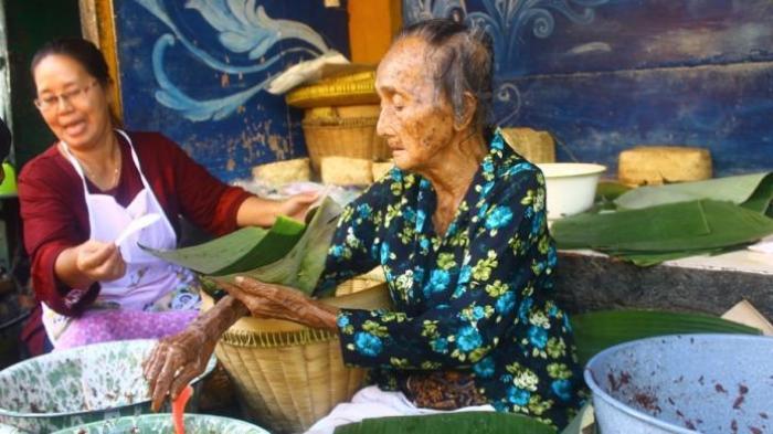 Siapa Sebenarnya Mbah Lindu? Legenda Gudeg Yogyakarta Meninggal Tadi Malam di 100 Tahun