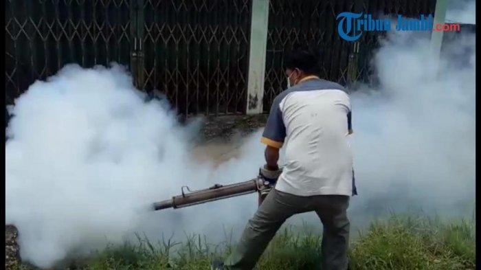 DBD Serang Sejumlah Desa di Kabupaten Kerinci, Dinkes Turun Lakukan Fogging