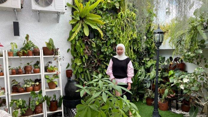 Mhea Pilih Konsep Veritcal Garden Siasati Halaman Rumah yang Sempit, Begini Kebun Mini Miliknya