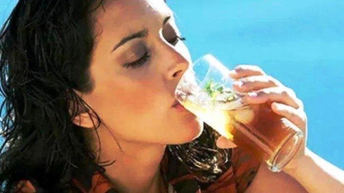Begini 3 Cara Mengatasi Konsumsi Gula Berlebihan, Kurangi Minuman Manis Kemasan