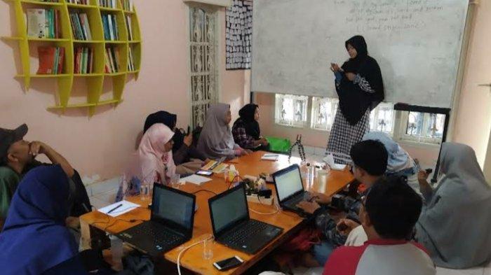 Misi Meningkatkan Literasi Jambi di Balik Kesuksesan Salim Media Indonesia