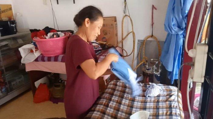 Meski Hanya Memanfaatkan Teras Rumah untuk Usaha, Cucian Uni Laundry Tak Kurang dari 50 Kg Per Hari