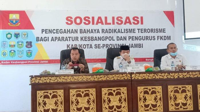 Kesbangpol Jambi Gelar Sosialisasi Antisipasi Bahaya Radikalisme Terorisme
