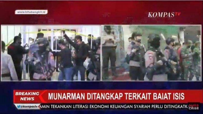 Munarman, mantan Sekertaris FPI ditangkap Densus 88 di rumahnya, Selasa 27 April 2021