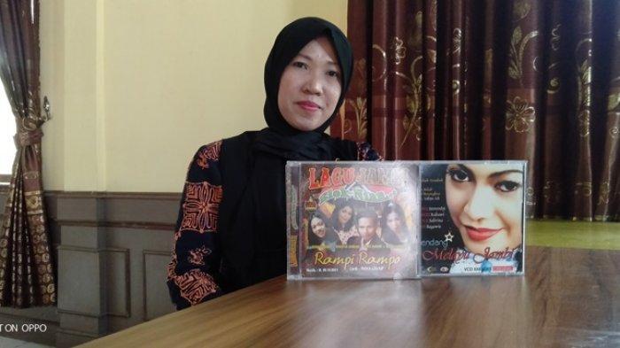 Ingat Ketimun Bungkuk, Ini Dia Sosok Penyanyi Yang Buat Lagu Tersebut Hits di Era 2000-an