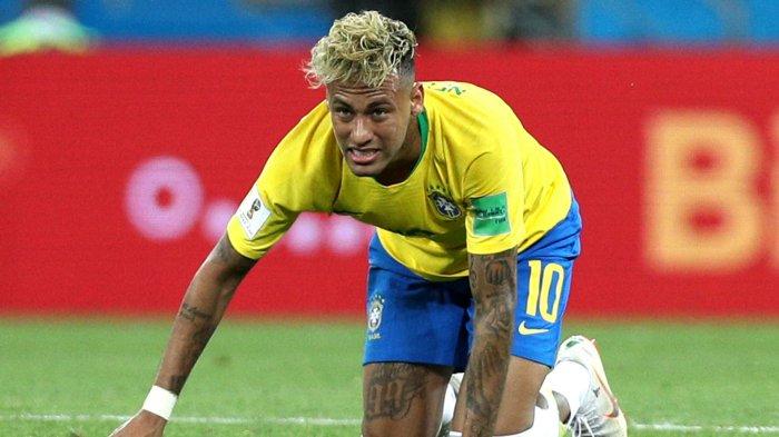 Aksi Diving Neymar Berbuntut Larangan Bermain Sepakbola Bagi Anak-anak di Sekolah ini