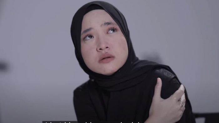 Reaksi Aneh Nissa Sabyan saat Kembali Muncul di Layar Kaca : Ih Kok Deg Degan Ya
