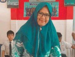Mengenal Nurhafizah, Guru di SMP Kuala Tungkal yang Menjadi Guru Berprestasi Tingkat Provinsi Jambi