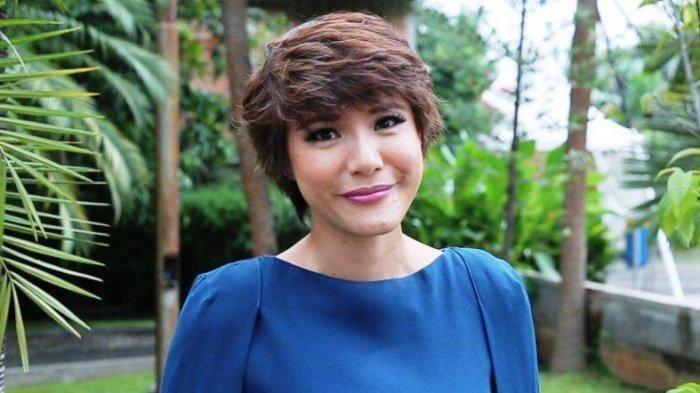 Presenter Olga Lidya Ucapkan Selamat Atas Kelahiran La Lembah Manah,