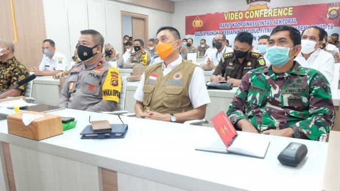Polda Jambi Bersama Forkopimda Ikuti Vicon Rapat Lintas Sektoral Ops Ketupat 2021