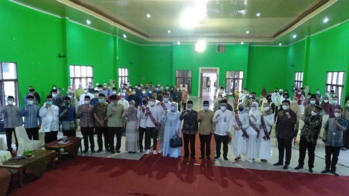 Otoritas Jasa Keuangan (OJK) Jambi mengadakan kegiatan gebyar edukasi keuangan syariah nusantara, yang mana kegiatan tersebut juga diadakan serentak seluruh Kantor OJK se-Indonesia.