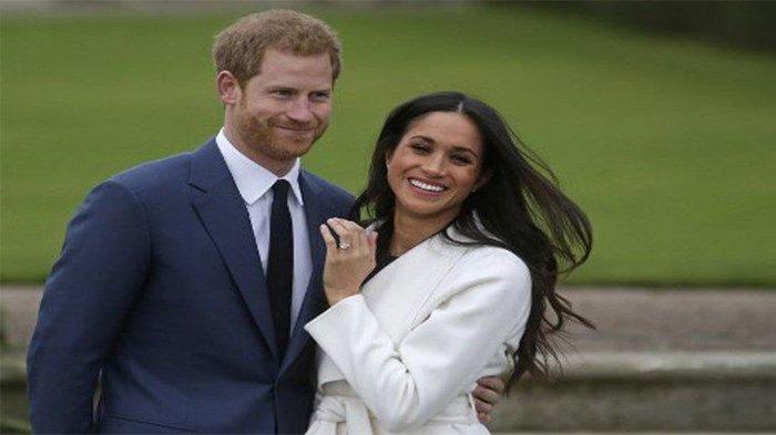 Istri Sepupu Ratu Elizabeth II Dituduh Rasis pada Meghan Markle karena Pasang Benda Ini di Bajunya