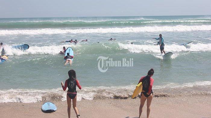 Wisatawan di Bali