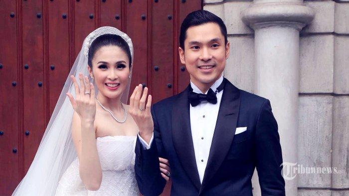 Kerap Dijadikan sebagai Couple Goals, Sandra Dewi tak Ragu Bagikan Chatnya dengan Suami