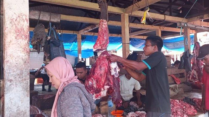 Menjelang Lebaran Harga Daging di Pasar Bungur Tebo Alami Kenaikan