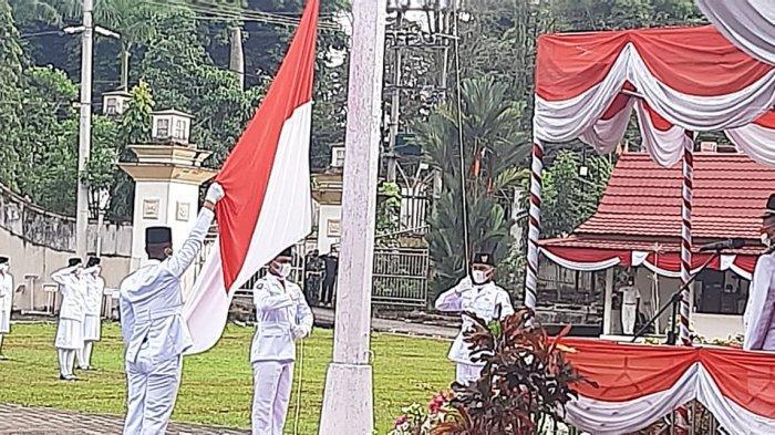 Berikut Nama dan Asal Sekolah Pasukan Pengibar Bendera HUT RI ke 76 di Merangin