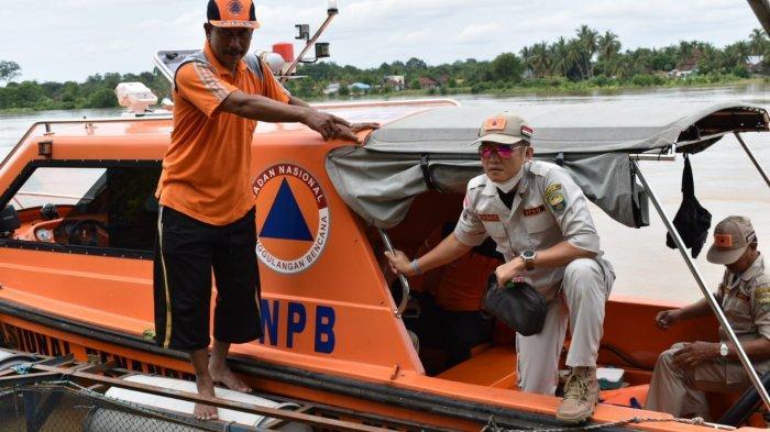 BREAKING NEWS: Sungai Batanghari Meluap, Kabupaten Muarojambi Siaga Tiga