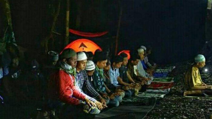 Ramadhan 2021- Bacaan Bilal dan Jawaban Makmum Sholat Tarawih 20 Rakaat Lengkap Doa Kamilin
