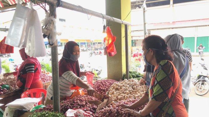 Pasokan Bertambah Hari Ini Harga Bawang Merah Tiga Pasar Besar di Kota Jambi Turun