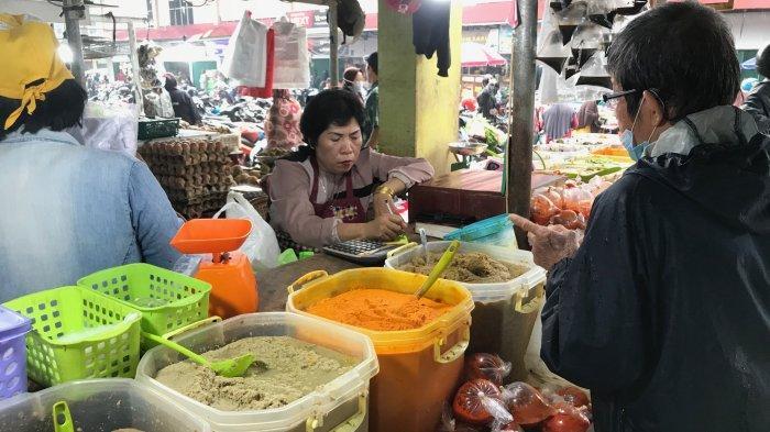 Jelang Lebaran Penjualan Bumbu Giling di Pasar Angso Duo Meningkat Pesat, Ema: Alhamdulillah
