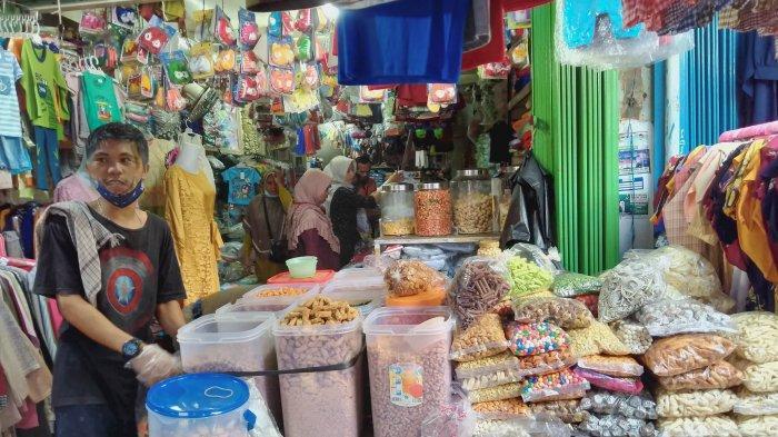 Bertahan di Kala Pandemi, Pedagang Kue Kering di Pasar Jambi Merambah ke Online
