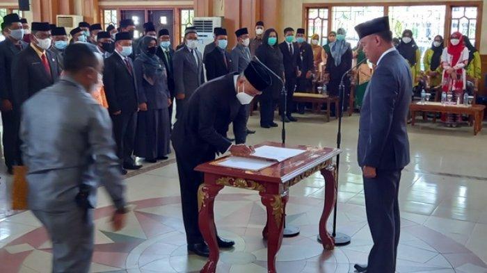 Rotasi Besar-besaran Pejabat Pemkab Tebo, Bupati Sukandar Pesan Hal Penting Ini ke Kepala Dinas