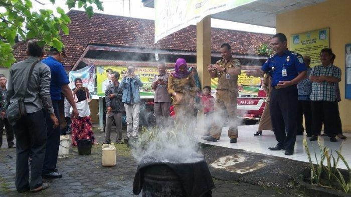 Antisipasi Kebakaran di Pemukiman Padat Penduduk Kelurahan Sulanjana Kota Jambi Bentuk Satgas Khusus