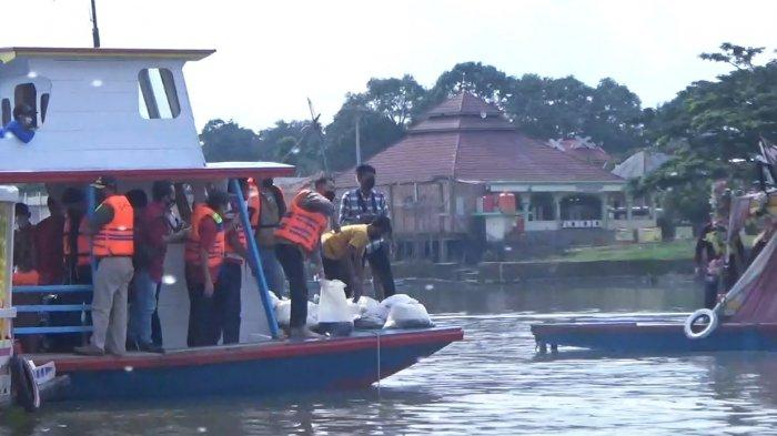 Ungkapan Walikota Jambi Tentang Makna Waisak dan Pelepasan Ikan