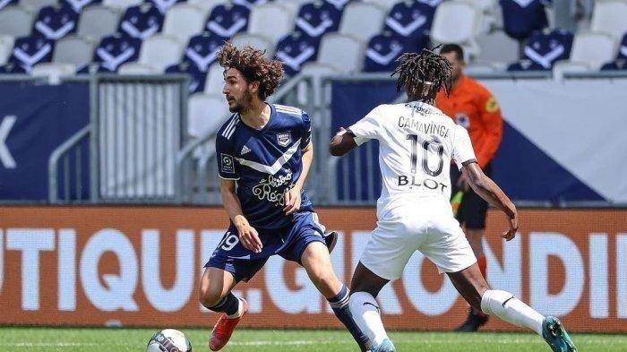 AC Milan Dikabarkan Dapat Tandatangan Yacine Adli dari Bordeaux, Namun Belum Bergabung Musim Ini