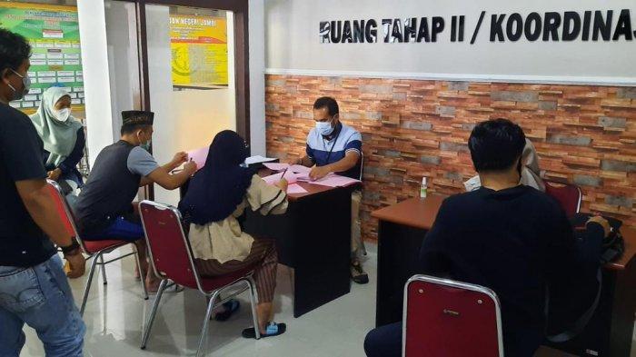 Suami Isteri Pembunuh Tigor Nainggolan Pengusaha Koperasi di Kota Jambi Resmi Menjadi Tahanan Jaksa