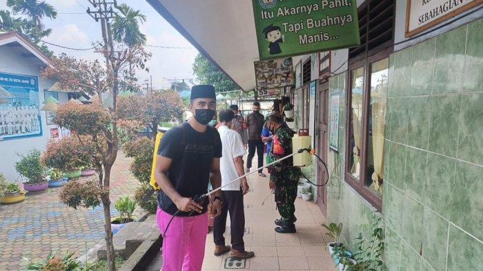 Pasca Libur Sekolah, Satgas Covid-19 Kota Jambi Disinfeksi Sekolah di Kota Jambi