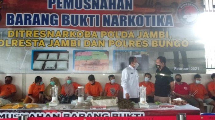 Polda Jambi Musnahkan Puluhan Kilogram Sabu dan Ganja