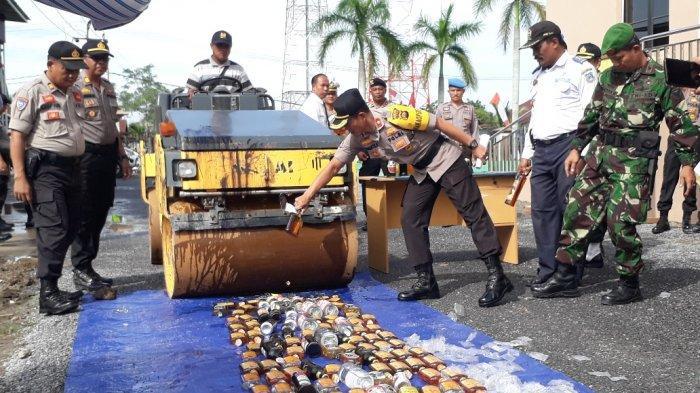Ratusan Botol Miras Dimusnahkan, Hasil Operasi Pekat November - Desember Lalu