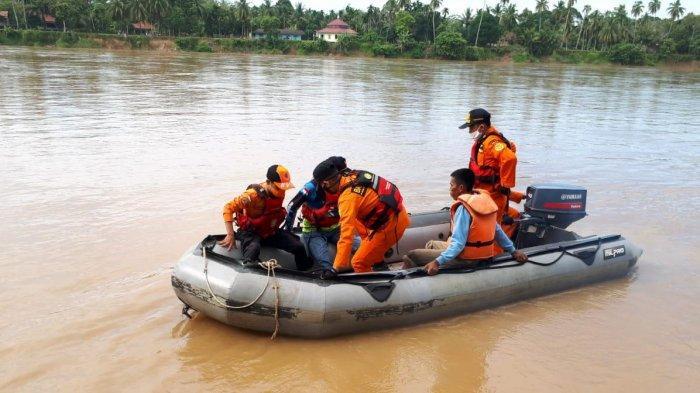 Mandi di Sungai Batanghari, Bocah Delapan Tahun Asal Desa Terusan Hanyut Terbawa Arus