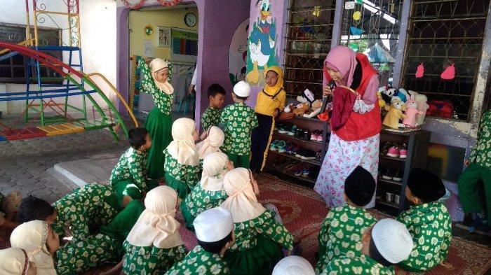 Komunitas Kampung Dongeng Seloko, Tumbuhkan Kreativitas Anak, dari Baca Puisi Sampai Doling
