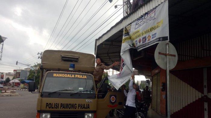 Masa Tenang Kampanye, APK Paslon Bupati dan Wakil Bupati Ditertibkan KPU Bungo