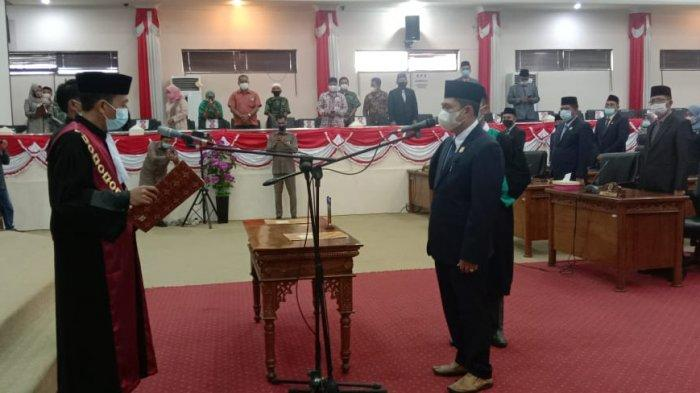Abdullah Resmi Jadi Ketua DPRD Tanjabbar