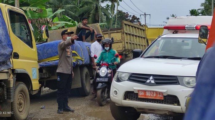 Kata Kadis PUPR Provinsi Setelah Lihat Jalan Desa Siau yang Tertutup Lumpur