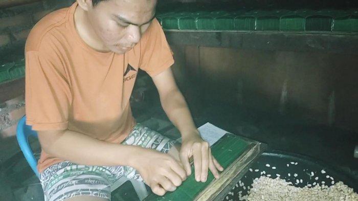 Pengrajin Tahu Tempe di Kabupaten Bungo Menjerit, Harga Kedelai Melambung Tinggi
