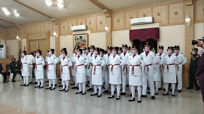 Resmi Dikukuhkan, Paskibraka Sarolangun Siap Kibarkan Bendera Merah Putih 17 Agustus