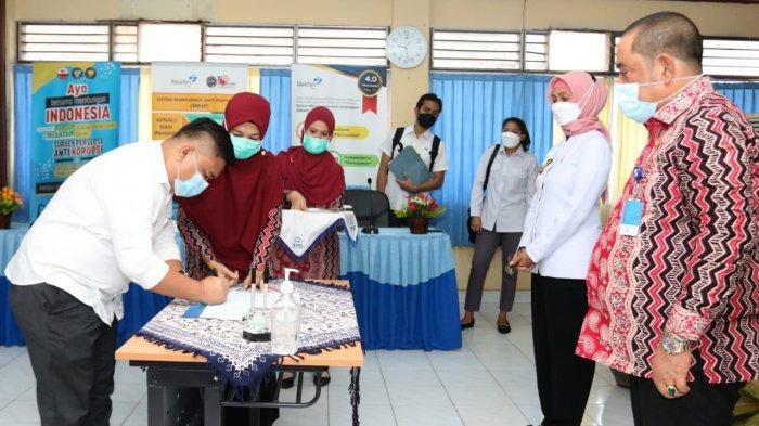 Penjabat (Pj) Gubernur Jambi Dr. Hari Nur Cahya Murni mengatakan, keberhasilan penurunan prevalensi stunting butuh keseriusan & komitmen pemerintah pusat - daerah dengan melibatkan kerja sama multisektor yang terintegrasi, sehingga generasi cerdas untuk mewujudkan Indonesia sehat dan maju dapat terwujud.