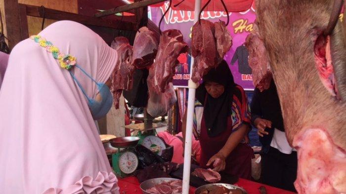 Dua Hari Menjelang Ramadhan, Pembeli Daging Sapi dan Ayam Meningkat Walau Harga Naik