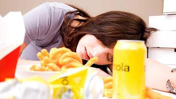 Mengantuk Usai Makan? Ternyata Hal Ini Normal, Simak Penjelasannya
