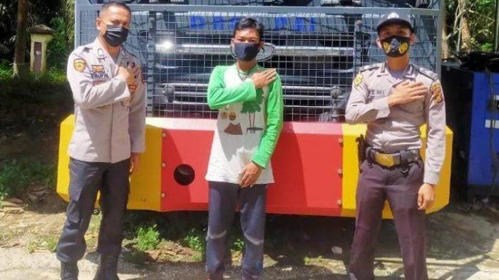 Ketika Perbal Tampung Warga SAD Taman Nasional Bukit Dua Belas Berhasil Lulus Menjadi Anggota Polri