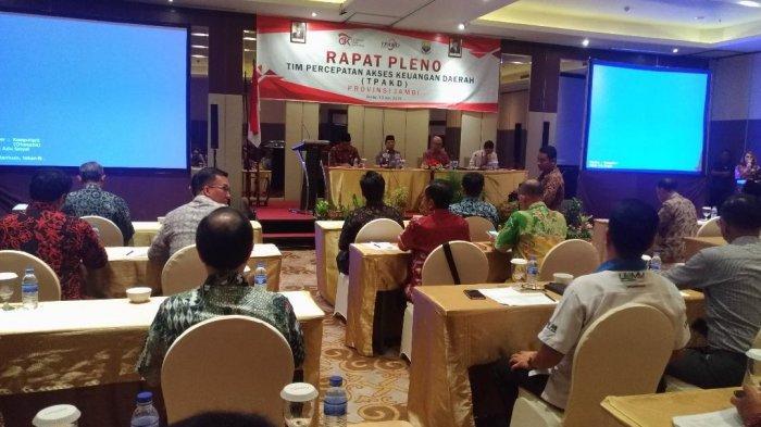 Percepat Akses Layanan Jasa Keuangan Formal, Gubernur Fachrori Buka Rapat Pleno TPAKD