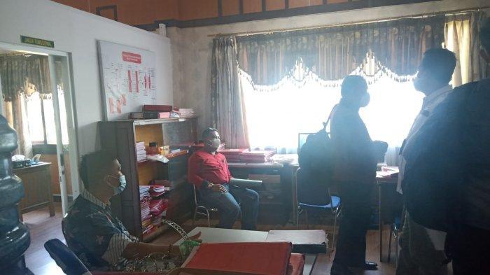 Penyidik Kejari Limpahkan Berkas Perkara Subhi Mantan Kepala BPPRD Kota Jambi ke Jaksa Penuntut Umum