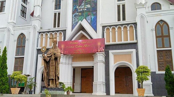 Persiapan Natal di Gereja St Gregorius Agung Jambi, 'Berat Bagi Kami Batasi Umat Datang Beribadah'
